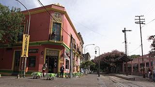 アルゼンチン/ブエノスアイレス/ボカ地区/カミニート通り