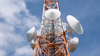 湘南平のテレビ塔