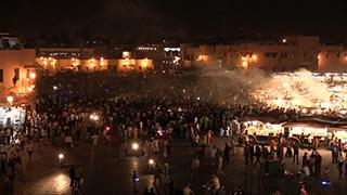 モロッコ/マラケシュ/ジャマ・エル・フナ広場