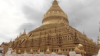 ミャンマー/バガン/シュエズィーゴォン・パゴダ
