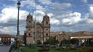 ペルー/クスコ/アルマス広場
