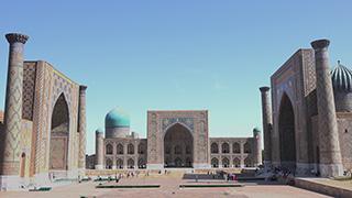 ウズベキスタン/サマルカンド/レギスタン広場
