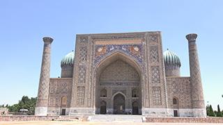 ウズベキスタン/サマルカンド/レギスタン広場/シェルドル・マドラサ